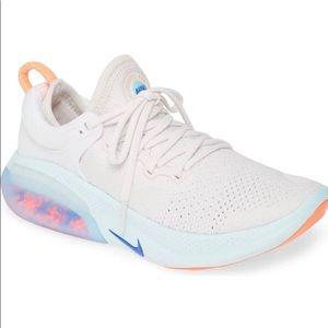 Nike joyride run flyknit running